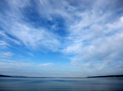 佐和田の海と空
