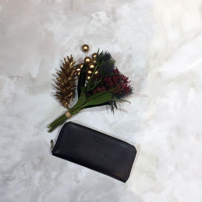 ARUMO 財布 ブラックレザー