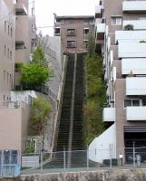 何かが間違っている階段坂1
