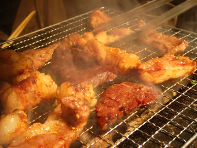 東洋ショーさんの美味しい焼き肉ぅ〜♪