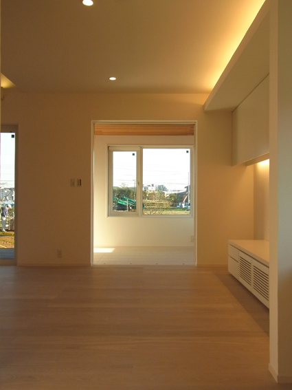 houseco12.jpg
