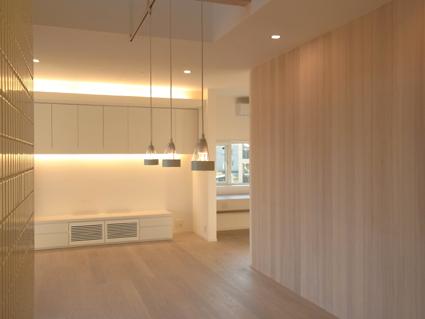 houseco16.jpg