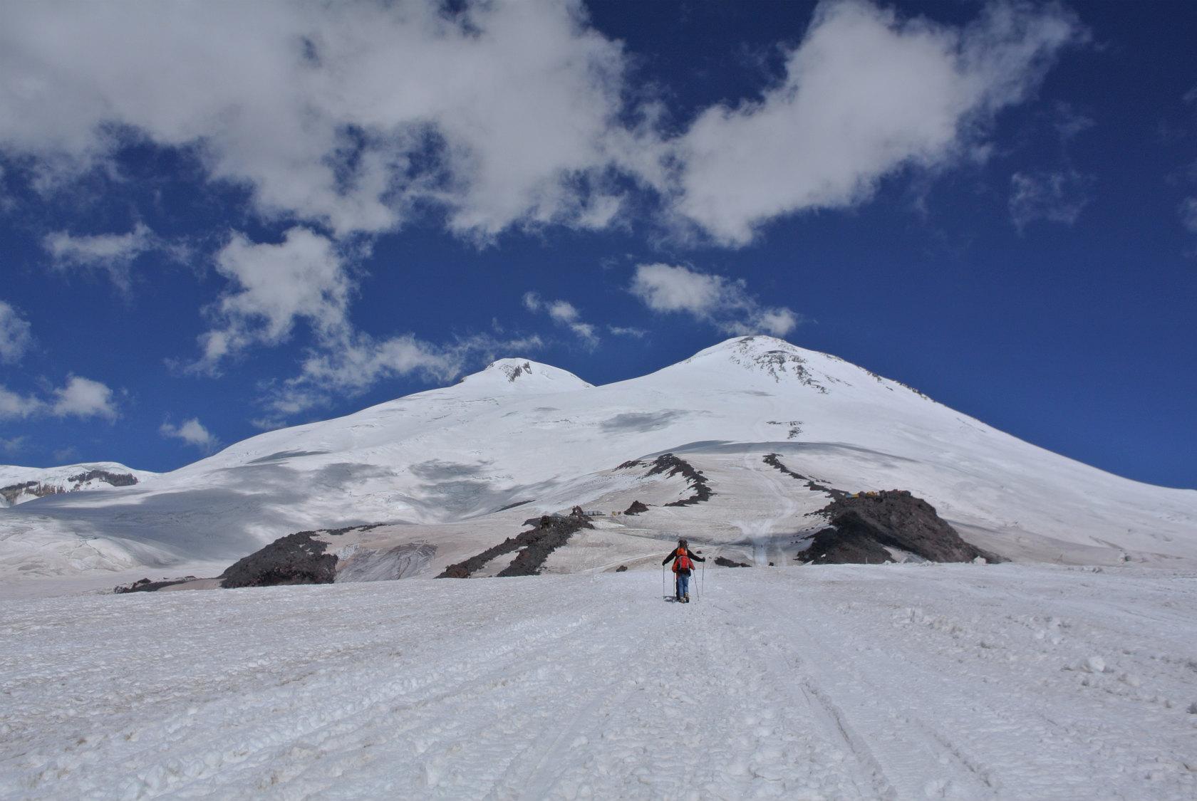 ヨーロッパ大陸最高峰 エルブル...