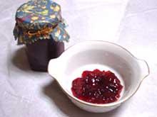 那須 森の手作りジャムのご紹介 プラムサントスジャム♪(手作りジャム、手作りくんせいを製造販売中、ショコラティエ・サンク那須店)