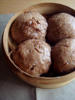 ココアレーズン蒸しパン