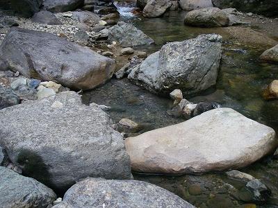 野営地の温泉2