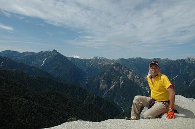 燕岳山頂にて