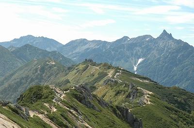 燕山荘から大天井岳の道