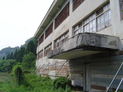 徳山小学校