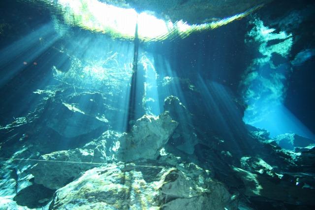 神秘的な水画像集