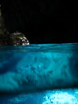 沖縄青の洞窟ツアー送迎