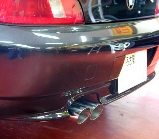 BMW Z3 マフラー装着画像