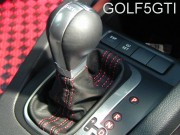 GOLF5GTI シフトブーツ赤ステッチ