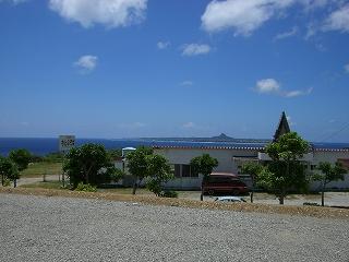 沖縄県本部のきれいな青い海です!ダイビングサイコー!