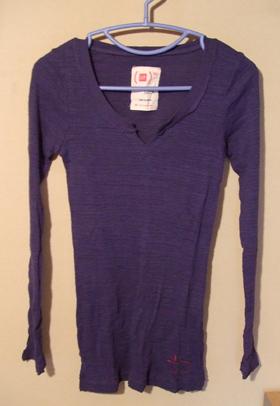 GAP 紺 Tシャツ