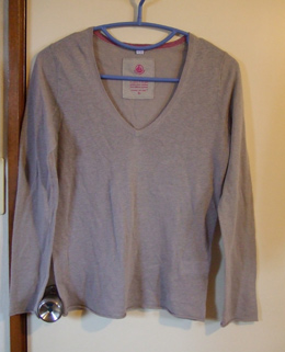 麻 Vネックセーター