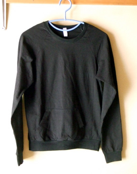 American Appael 黒Tシャツ