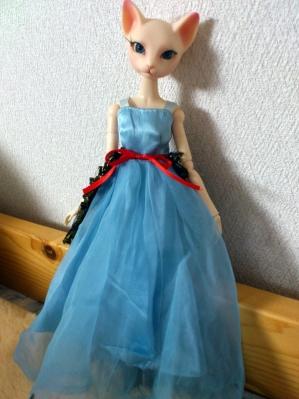 青ドレス2
