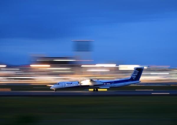 伊丹空港 伊丹スカイパーク 夜 流し撮り