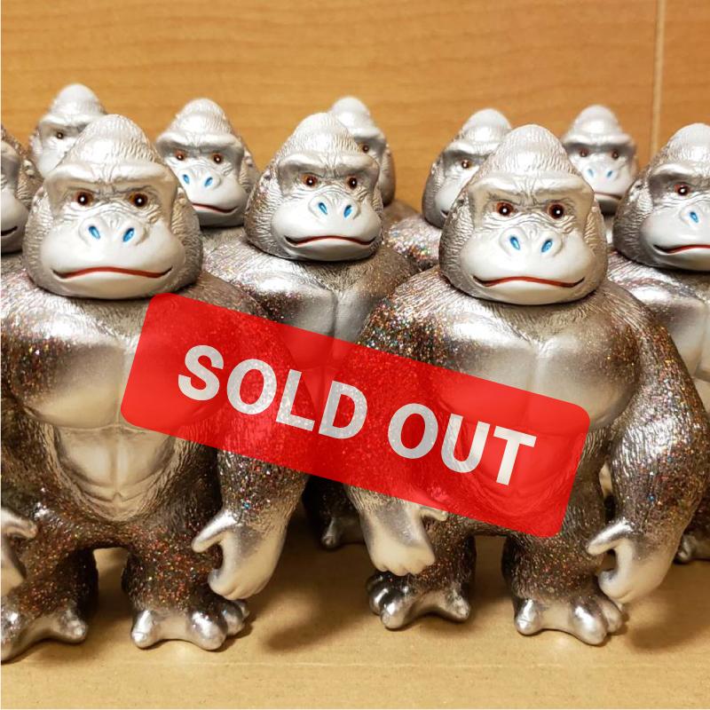 1578998771667-soldout.jpg