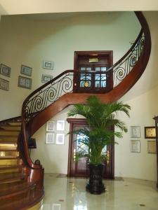 旧館の螺旋階段