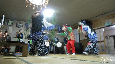 鬼沢獅子踊り1