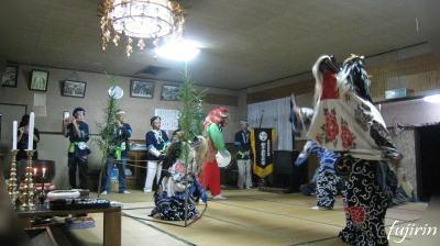 鬼沢獅子踊り3