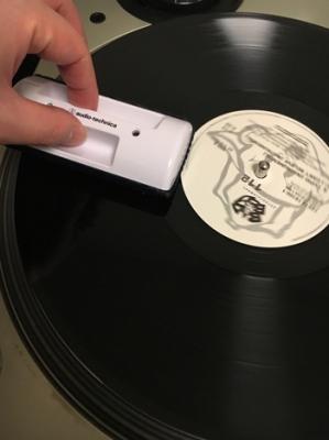 レコード録音 盤のホコリ取り
