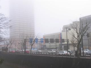 秋田の街/展覧会初日の朝