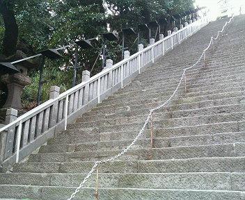 出世の階段(下から)
