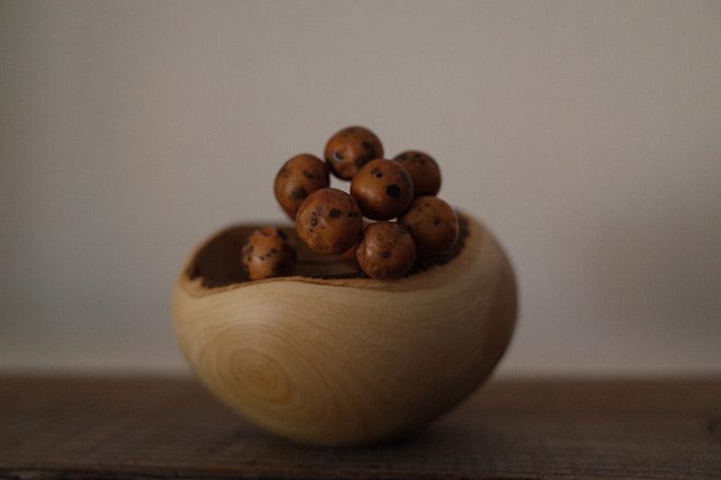 ミカンの木の花器