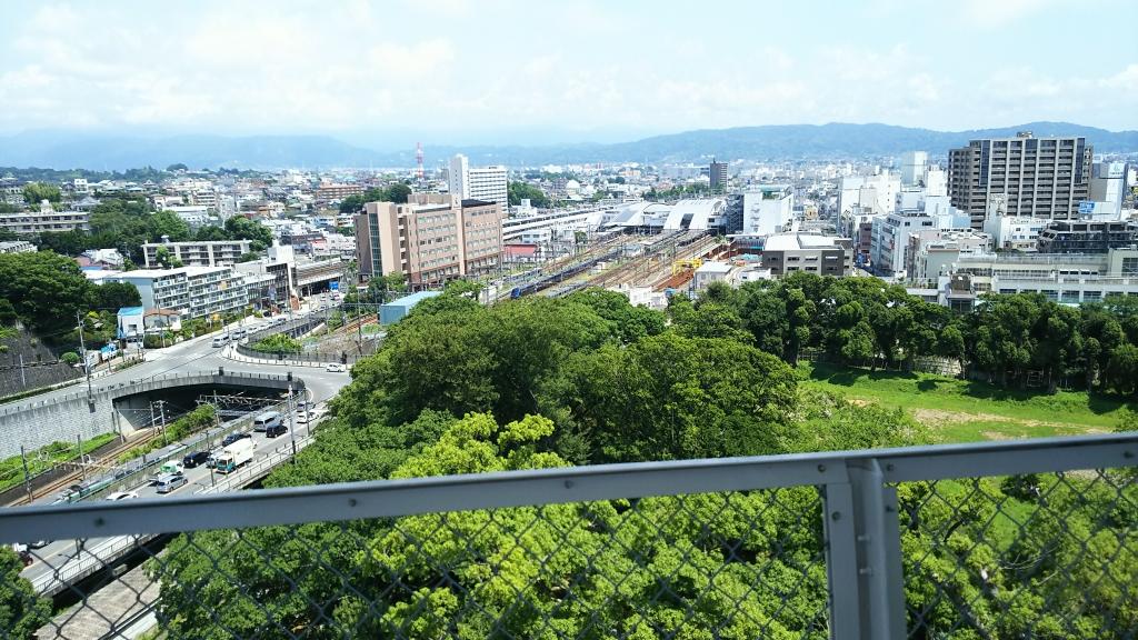小田原城からの小田原駅
