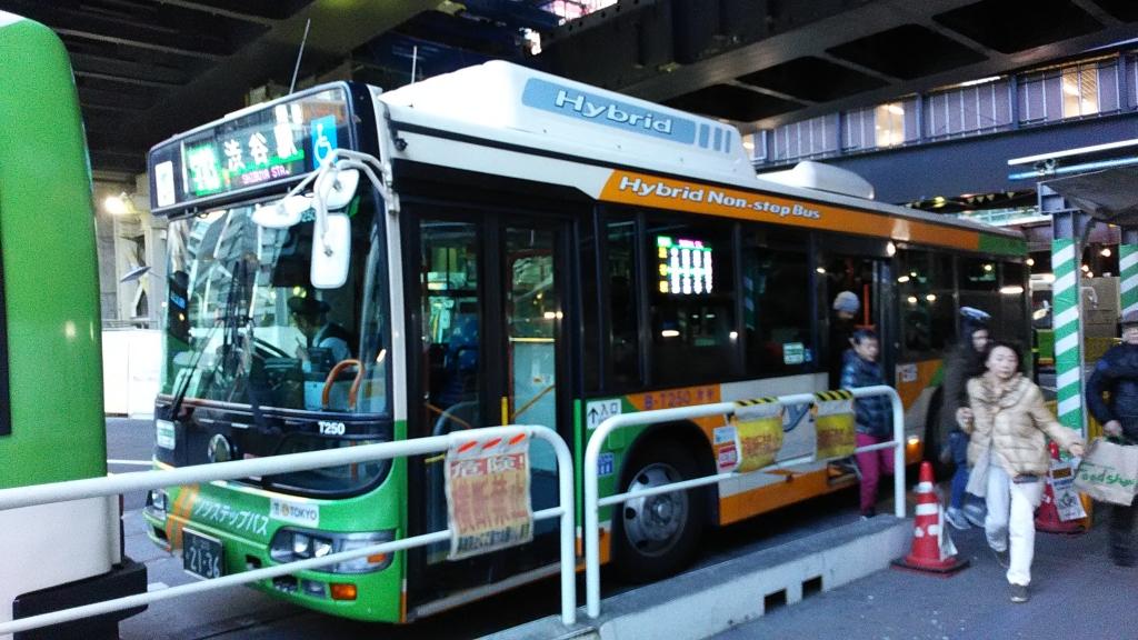 フルカラーLED都営バス6