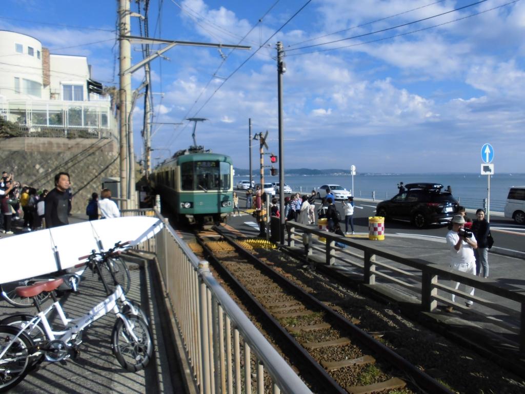 鎌倉高校前の踏切3