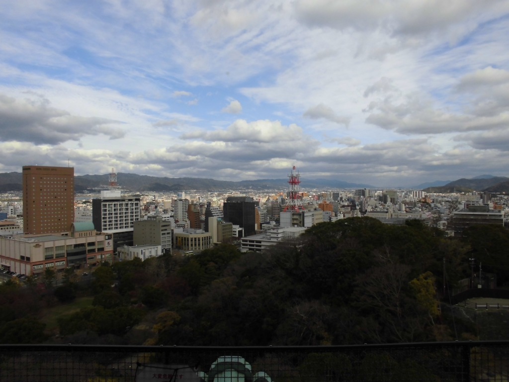 和歌山城からの眺め1