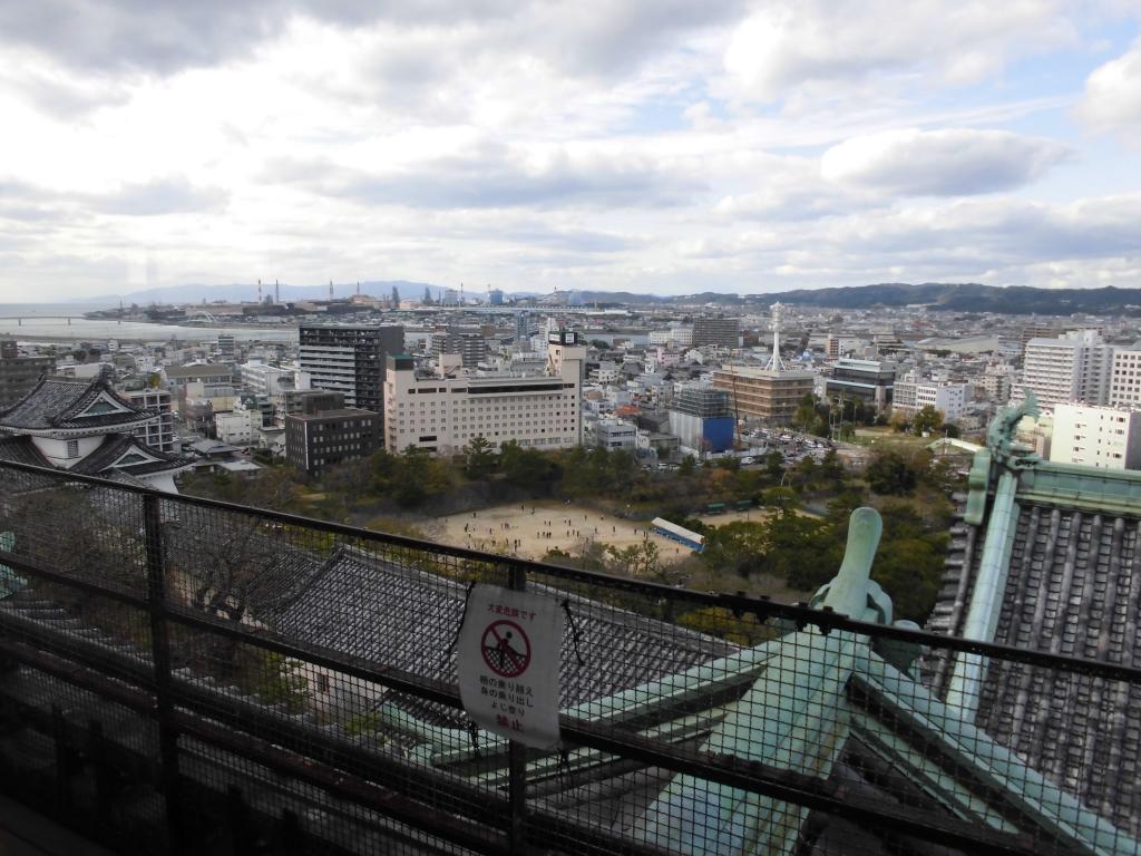 和歌山城からの眺め3