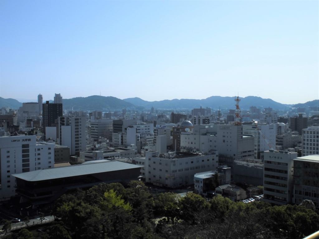 高知城からの眺め2