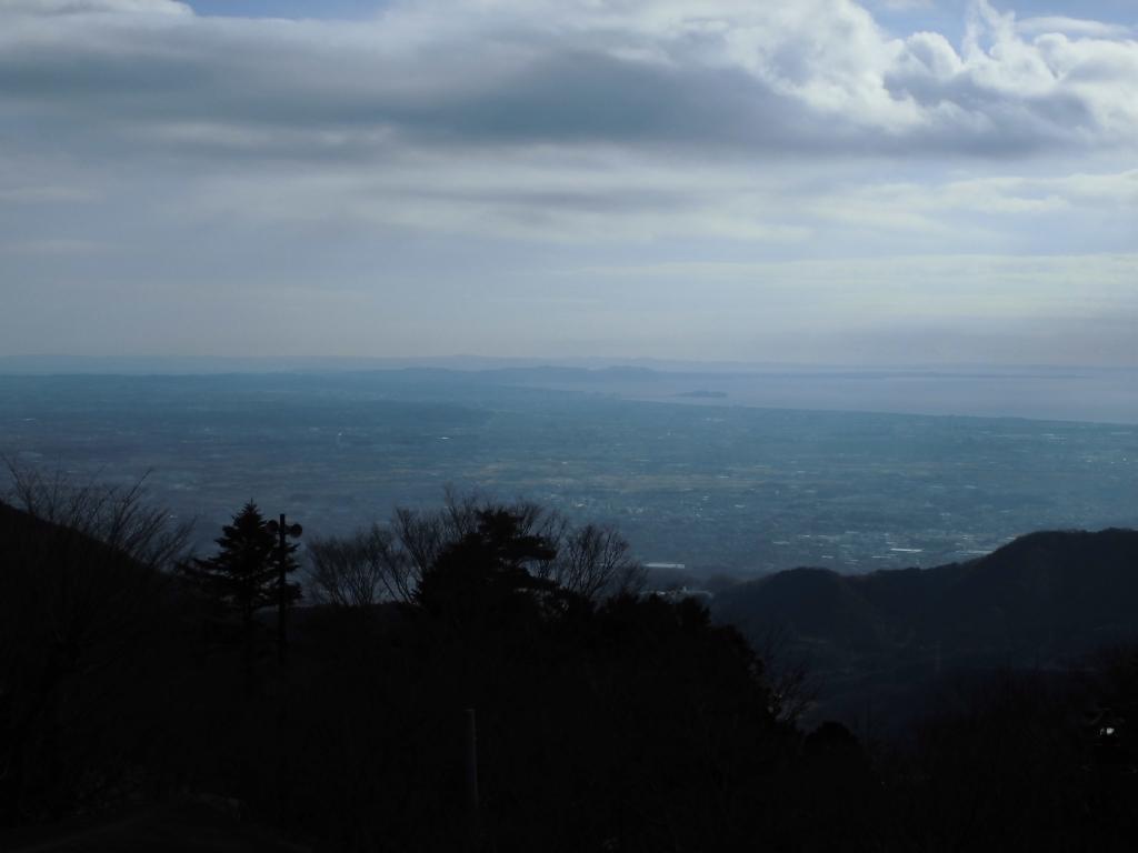 大山阿夫利神社からの江の島