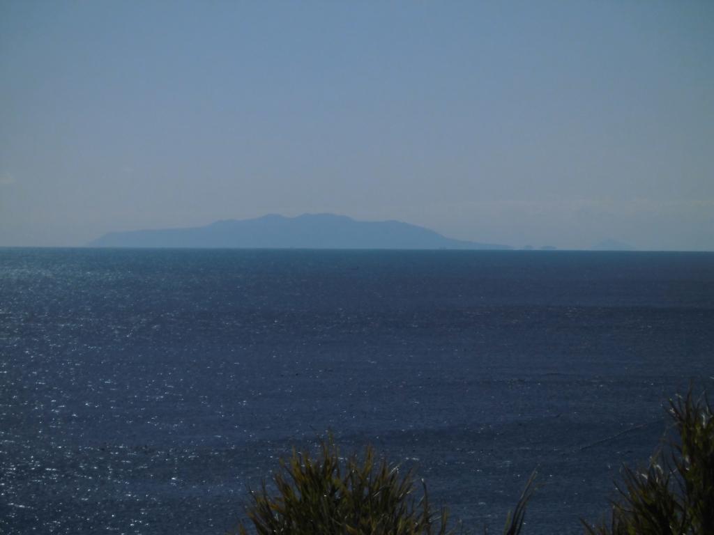 江ノ島からの伊豆大島