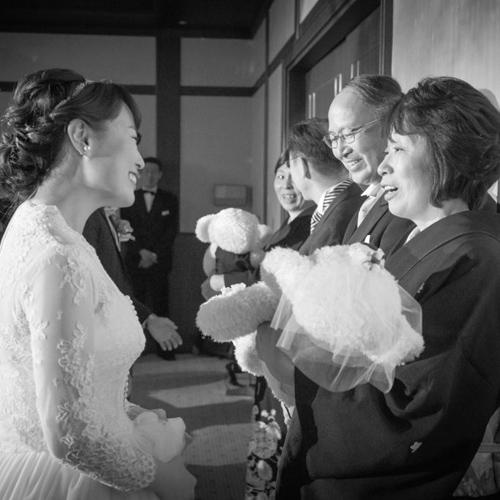 結婚式 花束贈呈 贈呈シーン 体重ベア