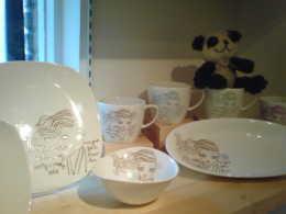 ジェフリーフルビマーリの新商品のキッチン雑貨 マグカップたちと一緒に…!