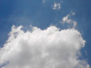 青空がに白い雲がよく似合う…!!