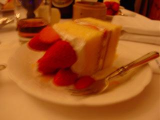 やたらでかいケーキ