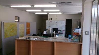 事務所の中