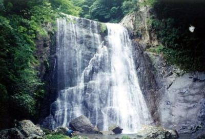 シャワークライミング 滝本北谷 溜の湾どの滝