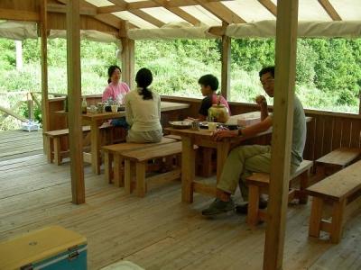 エコキャンプ熊野 朝の団らん