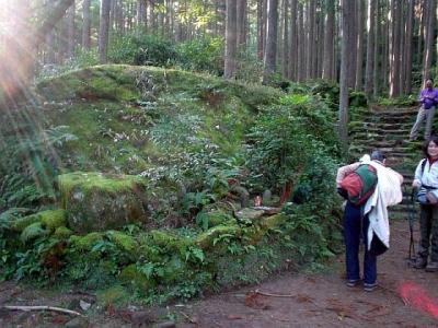 熊野古道ツアー 大雲取越え 円座石