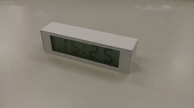 無印良品 デジタルクロック・ミニ(温湿度計・カレンダー機能付) 置時計(マグネット付) を実際に使ってみた感想です。