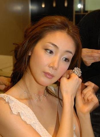 韓国女優 チェ・ジウ