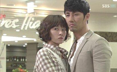 韓国ドラマ「シティホール」のキム・ソナとチャ・スンウォン